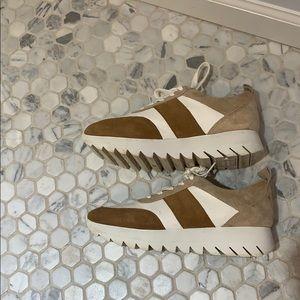 MUST GO Zara Platform Sneaker